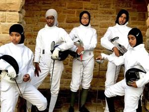 Potret Kelompok Hijabers Cilik Pakai Kostum Anggar Viral di Medsos