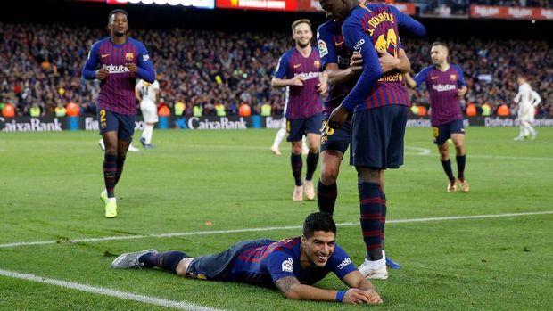 Barcelona menang 5-1 atas Real Madrid pada pertemuan pertama di Liga Spanyol musim ini.