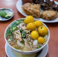Juara! Cuma Modal Rp 20.000 Bisa Makan Soto Ayam Sedap Di Sini