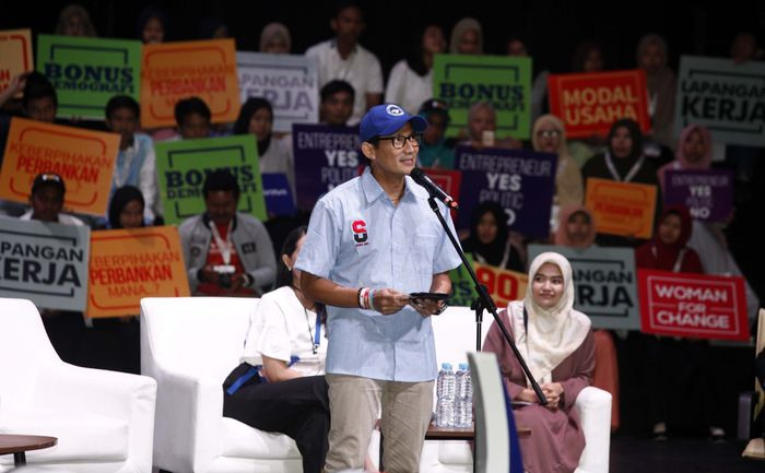 Sandiaga Uno menghadiri Indonesia Young Entrepreneur Summit 2018. Pool/Kahmi.