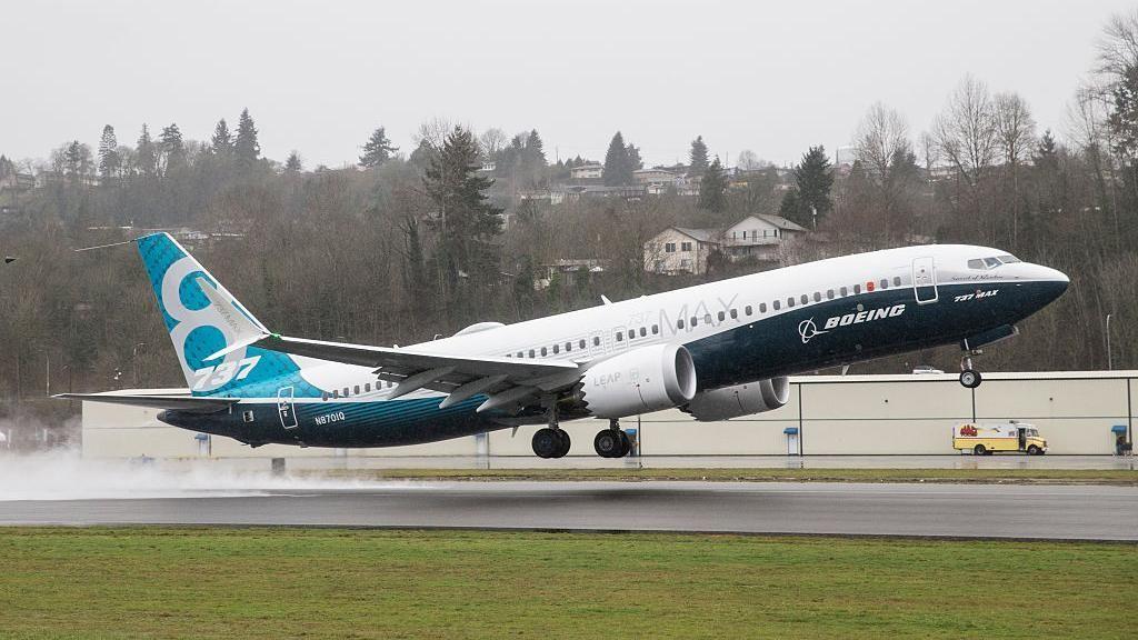 Berapa Harga Pesawat Boeing 737 MAX 8 yang Jatuh?
