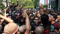 Kantor Grab Kembali Didemo Driver Ojek dan Taksi Online