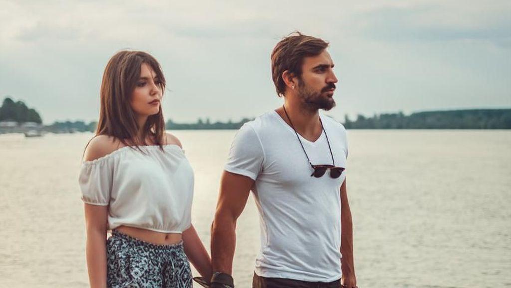 Kisah Wanita Gugat Cerai Suami yang Terlalu Pelit saat Lagi Bulan Madu