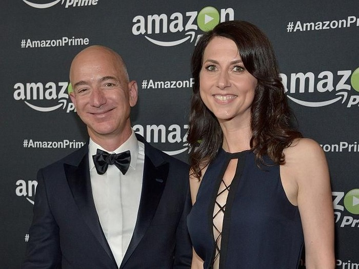Jeff Bezos dan MacKenzie. Foto: dok. Getty Images