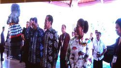 Saat Jokowi, Luhut dan Susi Kompak Pakai Batik Motif Ikan