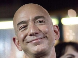 Beredar Pesan Nakal Jeff Bezos, Pria Terkaya yang Diduga Selingkuh