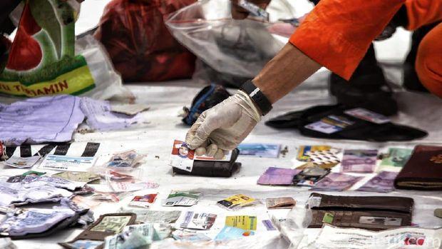 Identitas penumpang Lion Air JT 610 yang ditemukan /
