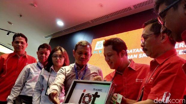 Telkomsel-PLN Implementasikan NB-IoT di Smart Meter Listrik