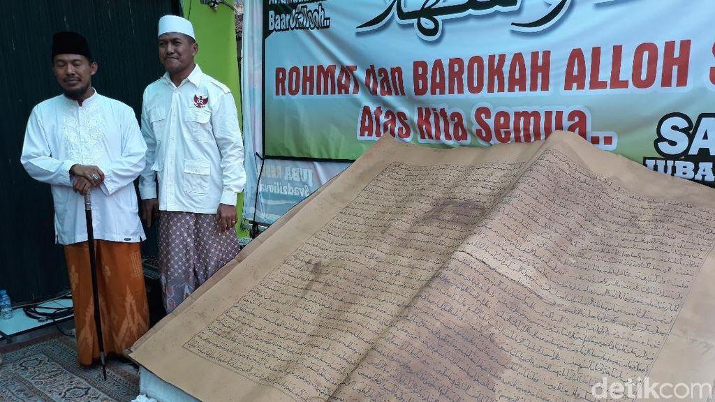 Dihadiahi Mushaf Alquran Kuno, Ini yang Dilakukan Prabowo
