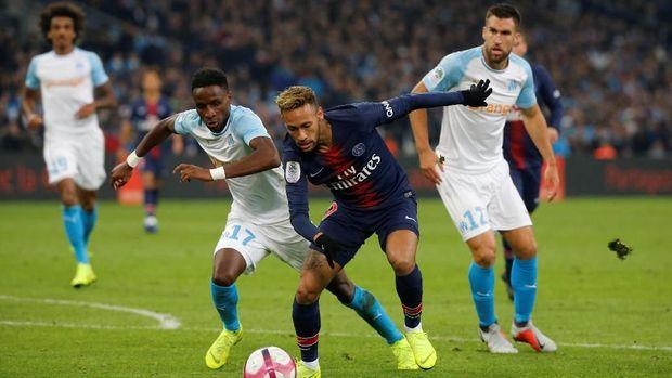 Neymar menjalani musim kedua bersama Paris Saint-Germain.