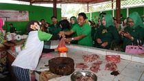Blusukan di Pasar, Rommy: Harga Ayam Turun Jadi Rp 30 Ribu/Kg
