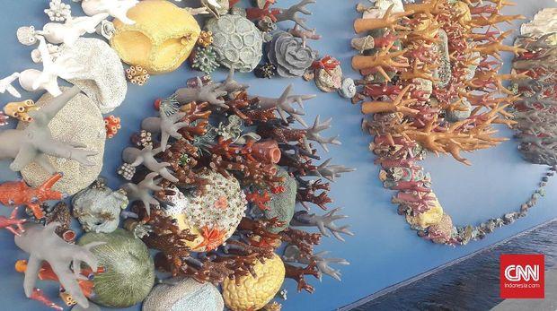 Semesta Terumbu Karang juga memakai teknologi dalam penggunaannya. (Foto CNNIndonesia.com/Tiara Sutari)