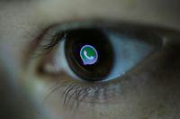 Apliaksi dan cara menyadap WhatsApp.