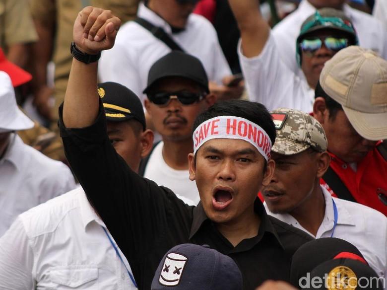 Pemkot Bandung Siapkan Solusi Untuk Honorarium Guru Honorer