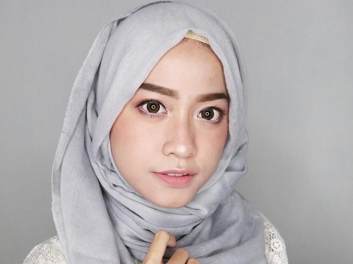 Hijab tutorial pashmina. Foto: Dok. Cyndi Adissa