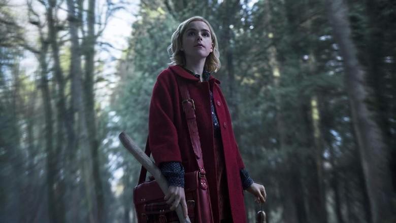Chilling Adventure of Sabrina: Menjadi Penyihir Itu Seru!