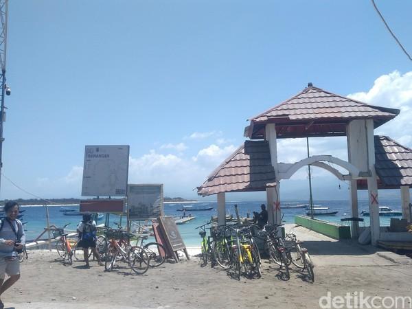 Meskipun, ada beberapa tempat terdampak yang masih belum pulih dan sisa-sisa puing bangunan (Harianto/detikTravel)