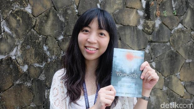 Clarissa Goenawan dan Imajinasi Novel 'Rainbirds'