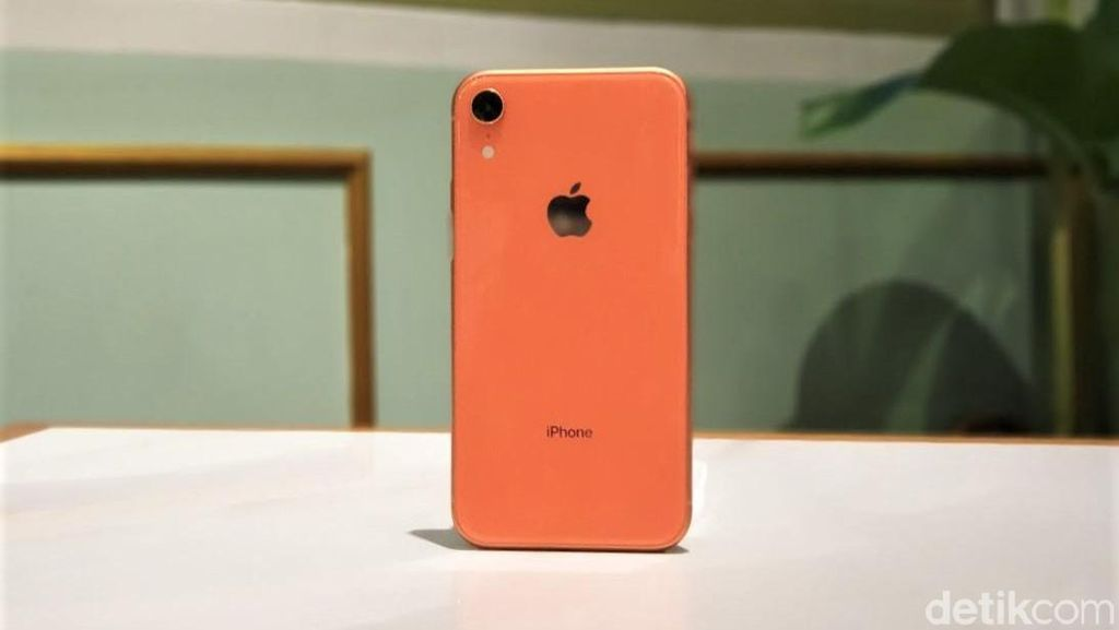 iPhone XR Jadi HP Terlaris Sejak Q4 2018