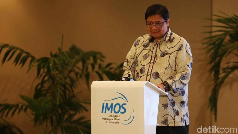 Menperin Airlangga Hartarto saat membuka IMOS 2018 (Foto: Agung Pambudhy)
