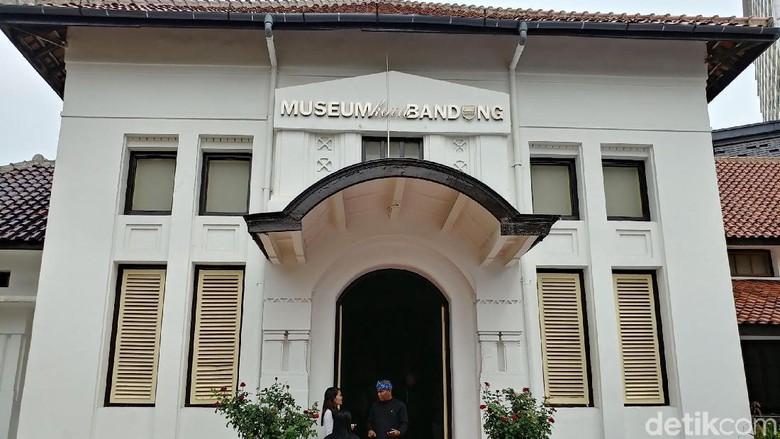 Mengenal Sejarah Paris van Java di Museum Kota Bandung