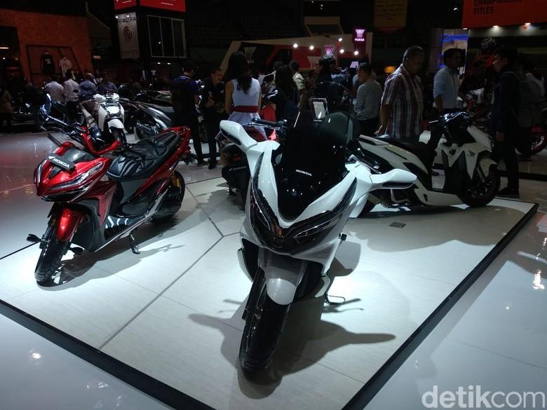 Motor-motor Honda di Pameran Otomotif. Foto: Luthfi Anshori