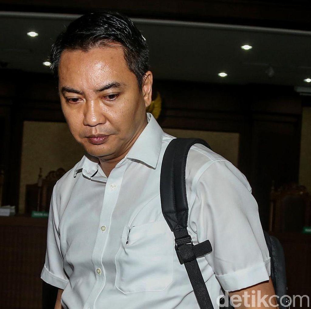 Hakim Cabut Hak Politik Fayakhun 5 Tahun