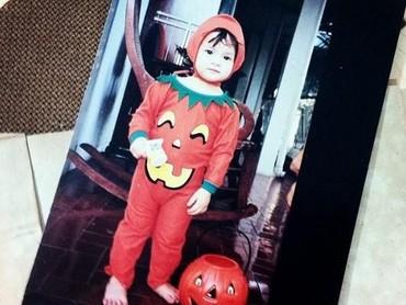 Wah kalau yang pakai kostum Pumpkin Halloween ini Chelsea terlihat gemas banget. (Foto: Instagram @chelseaislan)