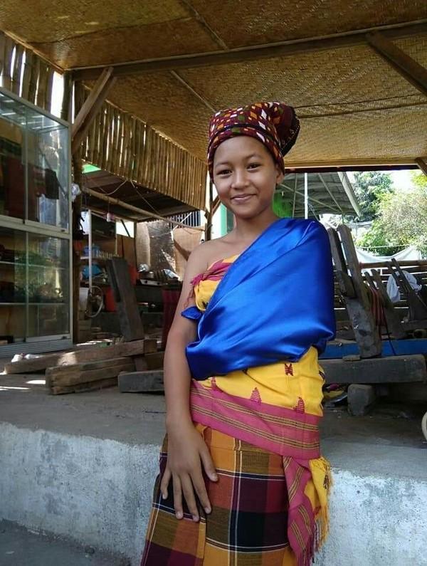 Salah satu pakaian adat yang cukup terkenal dalam tradisi masyarakat adat Bayan adalah Jong Bayan (dok Jajaq Bayan/Istimewa)