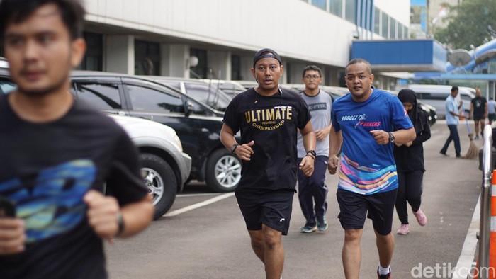 Komunitas lari Kementerian Keuangan mengadakan acara lari untuk mengenang korban jatuhnya Lion Air JT 610. Sebanyak 21 pegawai kementerian tersebut turut menjadi korban. Foto: Annissa/detikHealth