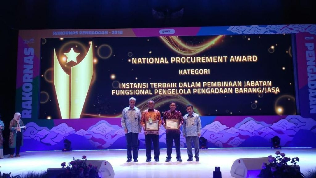 Sukses Reformasi Birokrasi, Kementan Diganjar Penghargaan dari LKPP