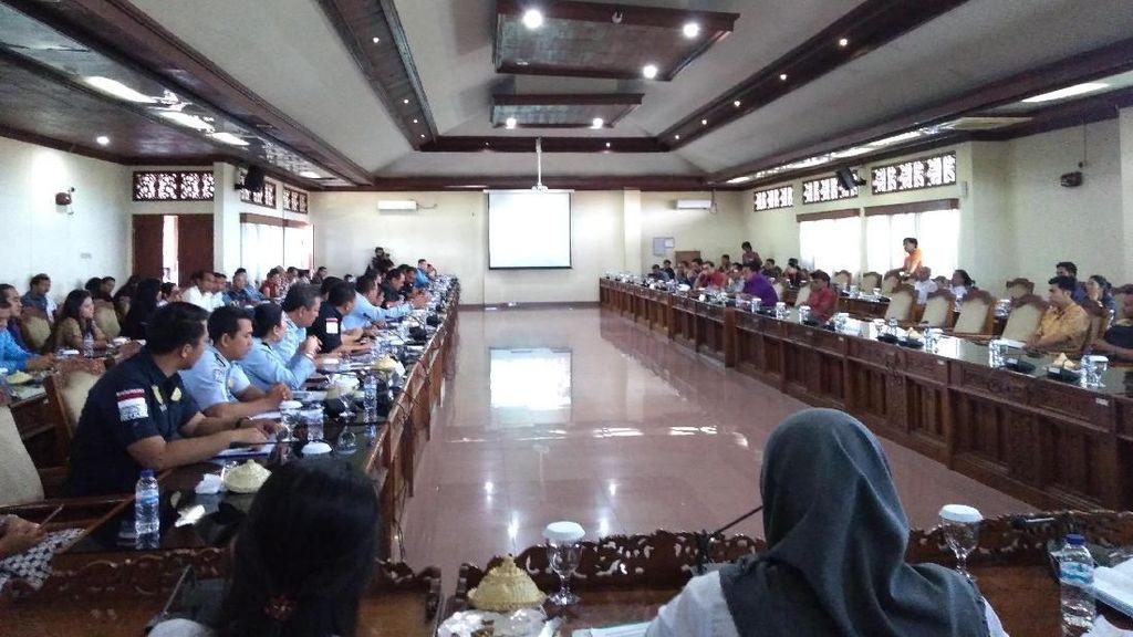 DPRD-Pemprov Rapat Bahas Soal Pariwisata Bali Dijual Murah
