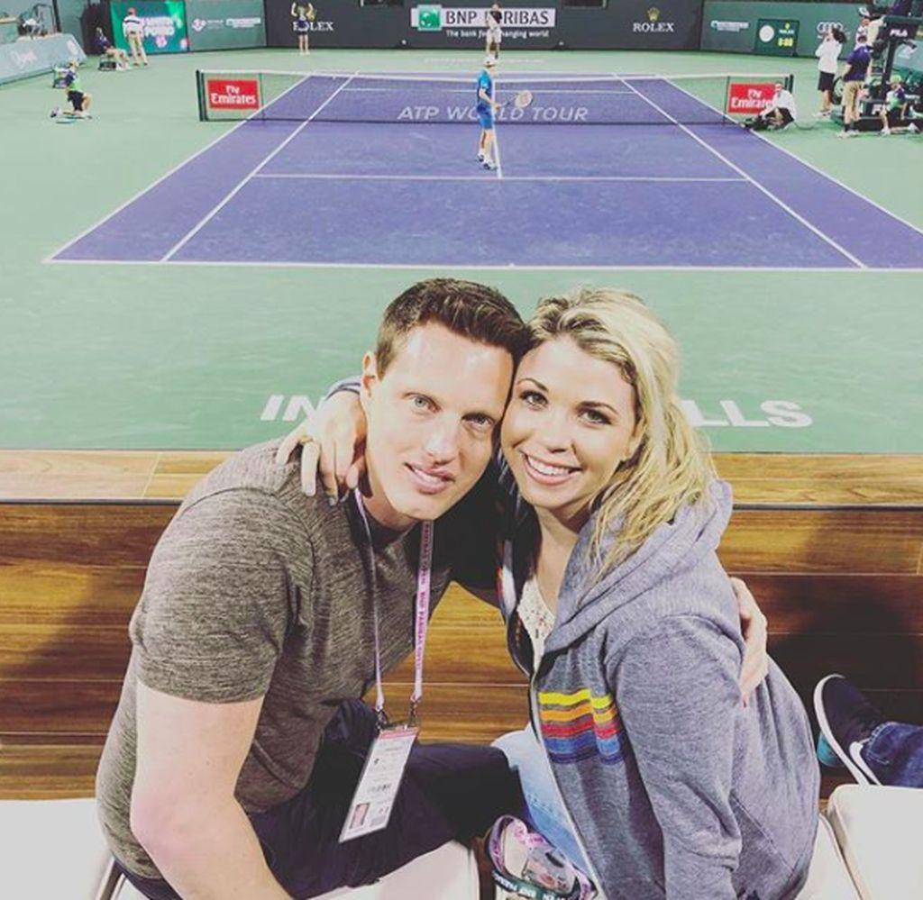 David Ellison bersama sang istri, Sandra Lynn Modic, yang dinikahinya tahun 2011. Mereka hobi nonton tenis. Foto: Instagram