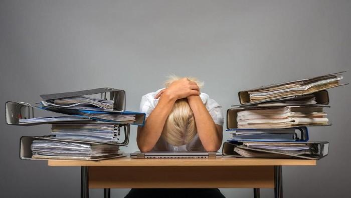 Stres bisa menyerang siapa saja dan meningkatkan risiko depresi (Foto: iStock)