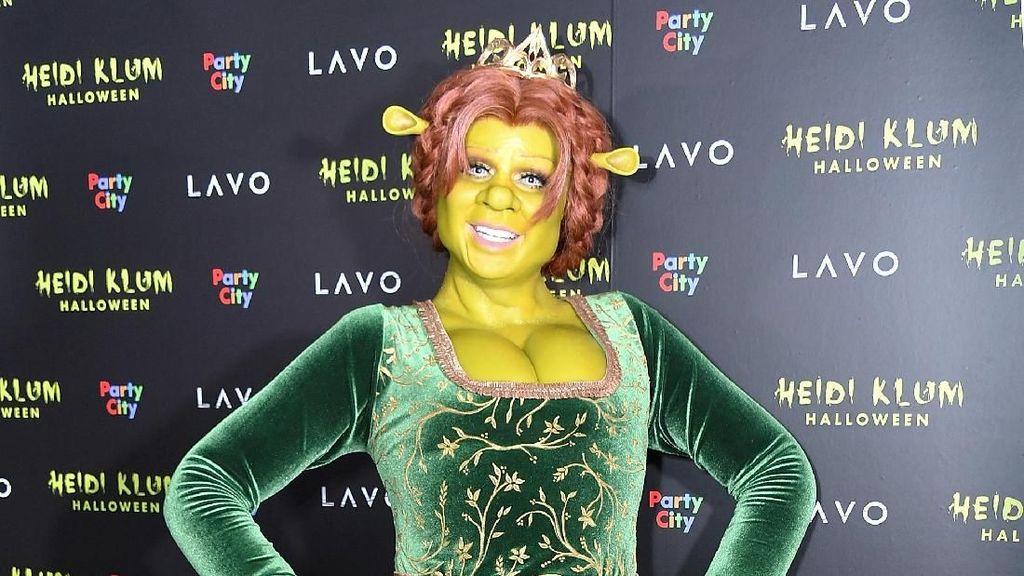 Ratu Halloween Heidi Klum Ungkap Kostum Kerennya Tahun Ini, Jadi Shrek!