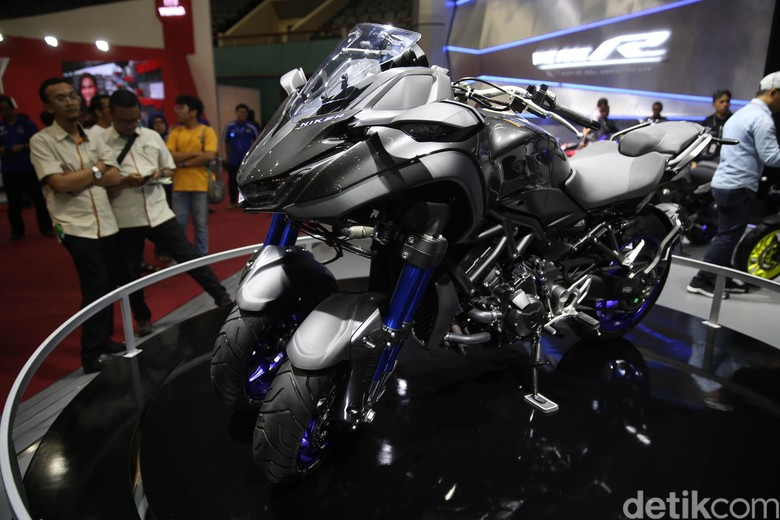 Yamaha Niken di pameran IMOS 2018. Foto: Agung Pambudhy