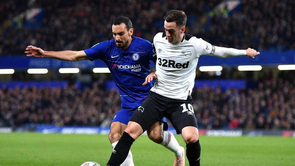 Drama Lima Gol di Stamford Bridge, Chelsea Lewati Derby