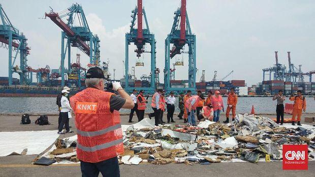 KM Baruna Jaya Melaut Lagi Cari Kotak Hitam Lion Air