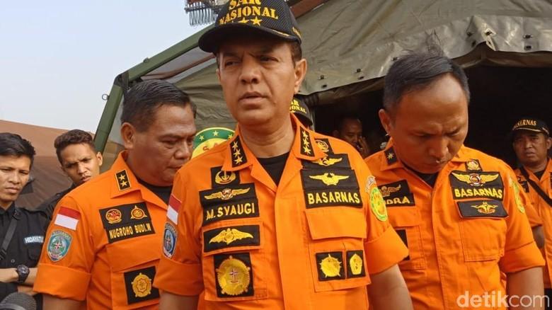 858 Personel Gabungan Cari Badan dan Black Box Lion JT 610
