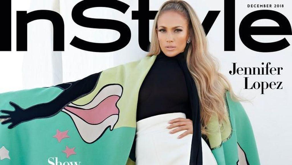 Penampilan Super Seksi Jennifer Lopez, Nyaris Tanpa Busana di Pemotretan