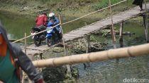 Bikin Deg-degan, Jembatan Bambu dan Papan Ini Hubungkan Kudus-Demak