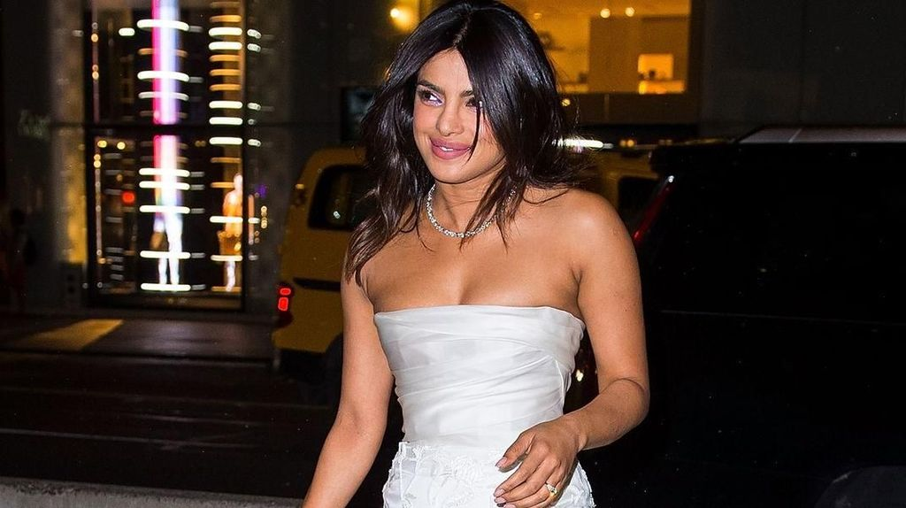 Ini Makna Kue di Pesta Bridal Shower Priyanka Chopra dan Nick Jonas