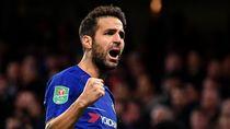 Milan Gagal Rekrut Ibrahimovic, Masih Berjuang untuk Fabregas