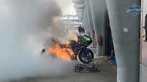 Suzuki GSX-RR Alex Rins Terbakar Habis di Sepang