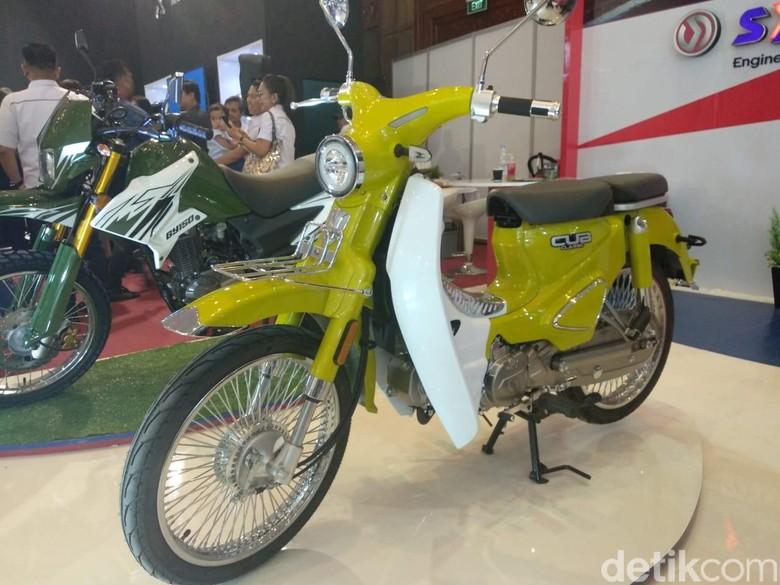 Motor Bebek Mirip Honda Super Cub yang Dijual Lebih Murah. Foto: Luthfi Anshori