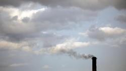 Polusi udara menjadi persoalan global masyarakat dunia. WHO mendata 600 ribu anak-anak meninggal akibat ISPA yang berasal dari polusi udara tiap tahunnya.