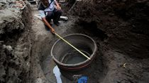 Penampakan Sumur Tua di Surabaya yang Tak Sengaja Ditemukan