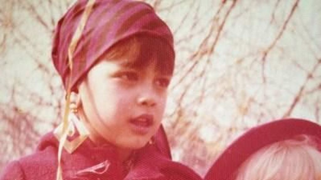Intip 7 Foto Masa Kecil Sophia Latjuba yang Menggemaskan