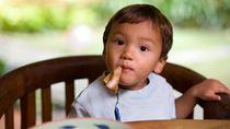 Trik agar Anak Mau Makan Ikan
