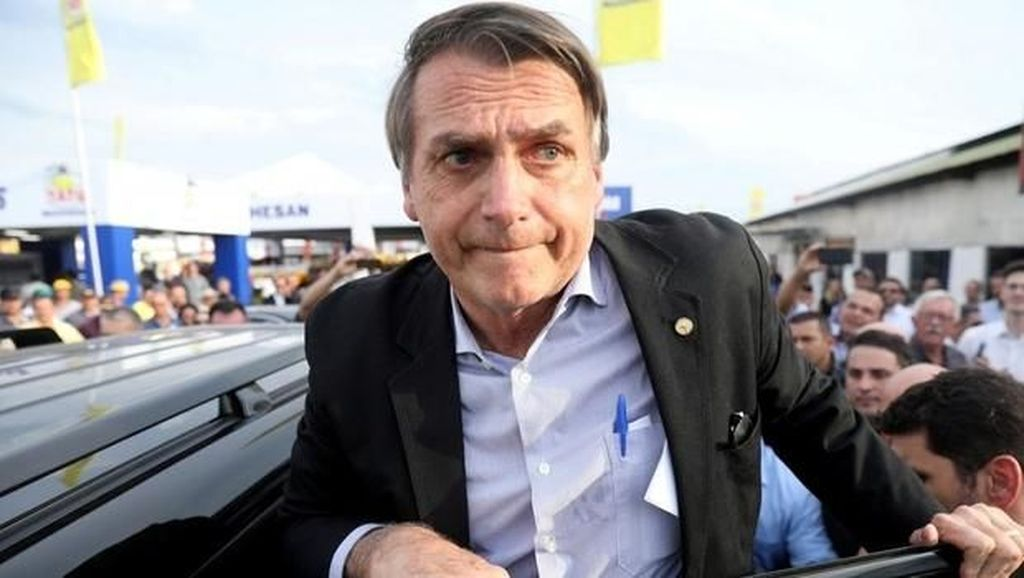Presiden Brasil Dites Corona Setelah Alami Gejala Demam